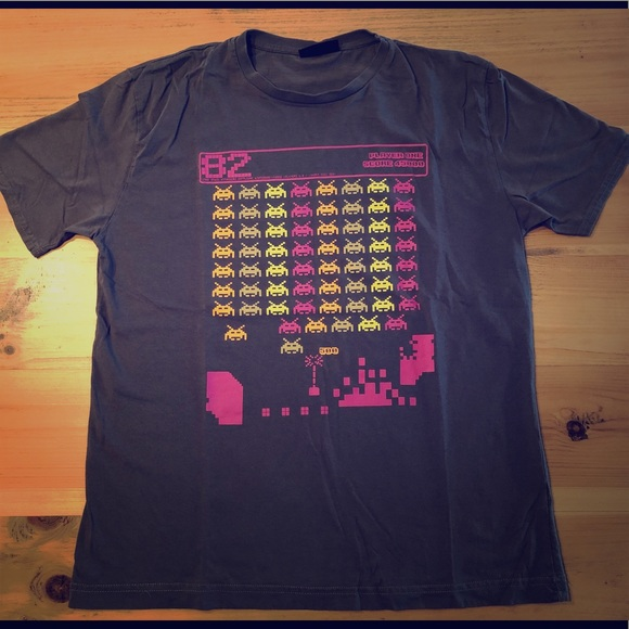 Vintage retro Space Invaders men's tee shirt